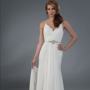 Brand new with tags Alfred  Angelo wedding dress
